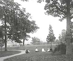 Vintage photo of Battell Park, 1905